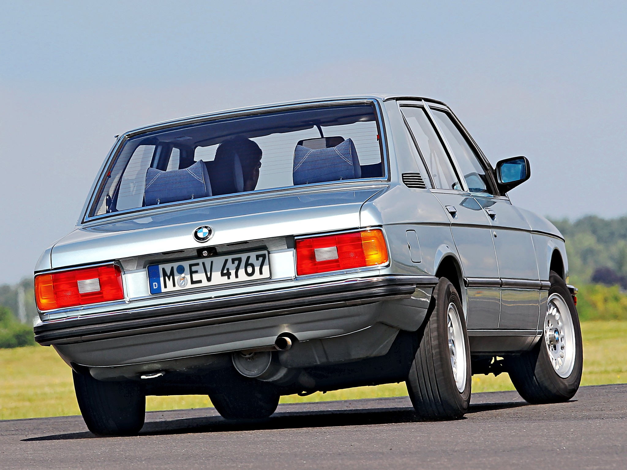 BMW 5 series 525 1981 photo - 1