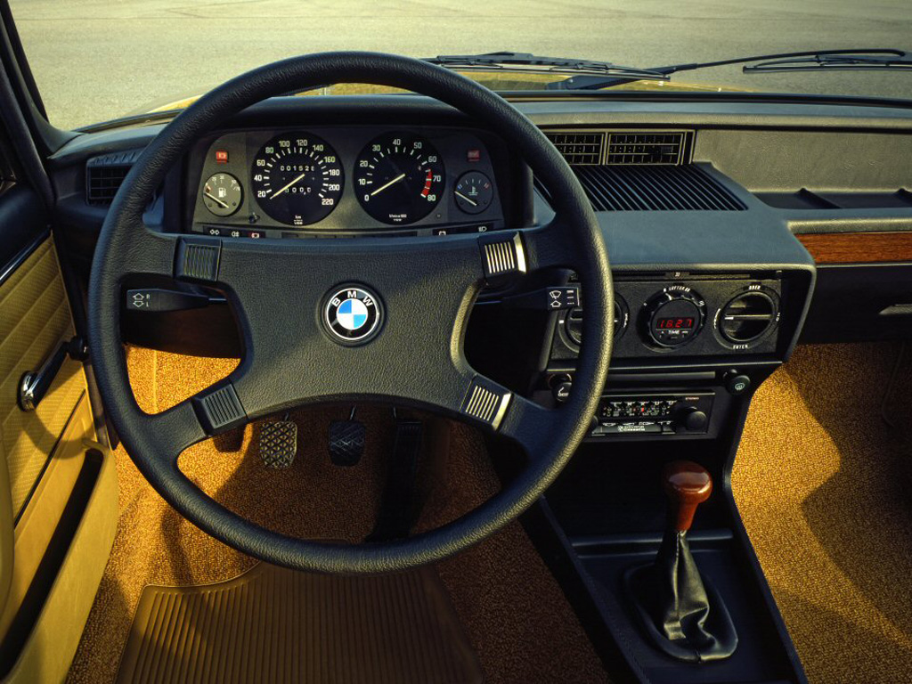 BMW 5 series 525 1981 photo - 4