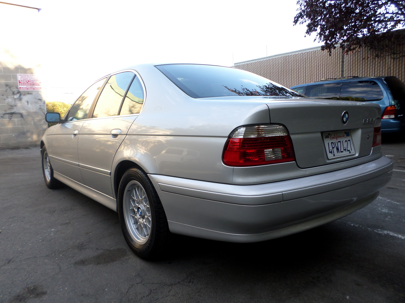 BMW 5 series 525i 2001 photo - 8