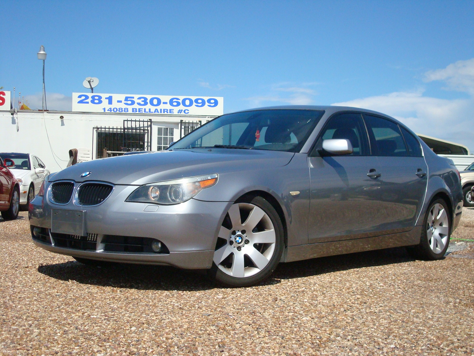 BMW 5 series 525i 2004 photo - 8