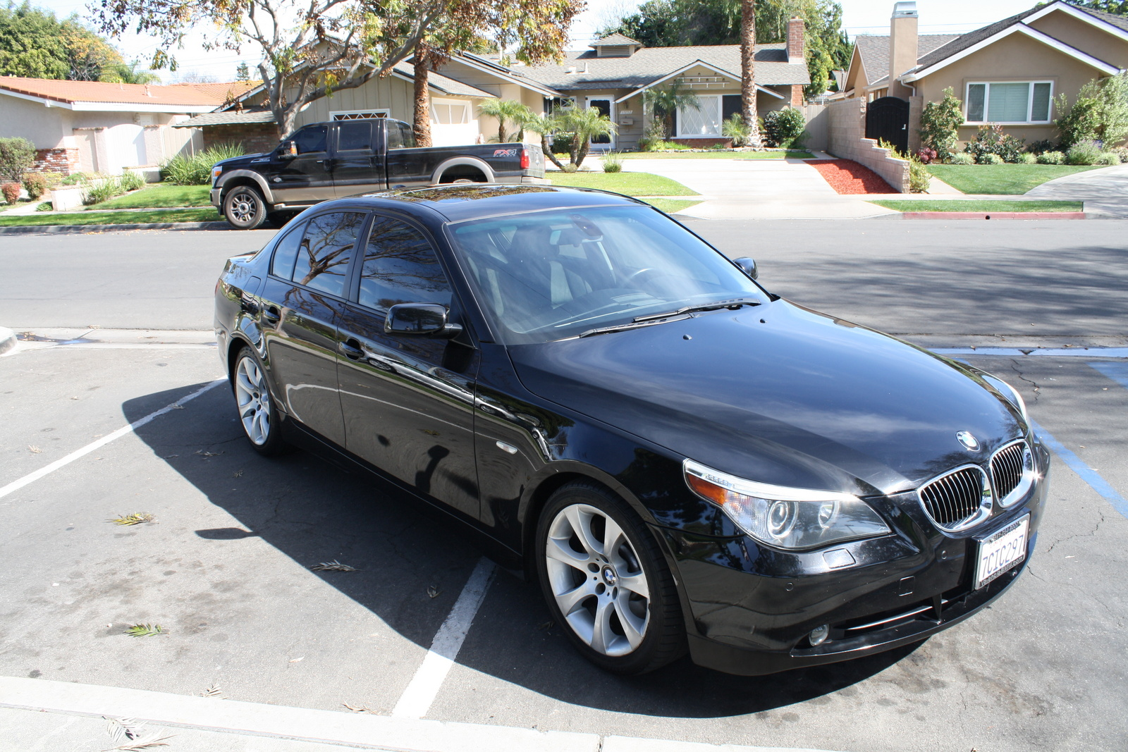 BMW 5 series 525i 2005 photo - 2