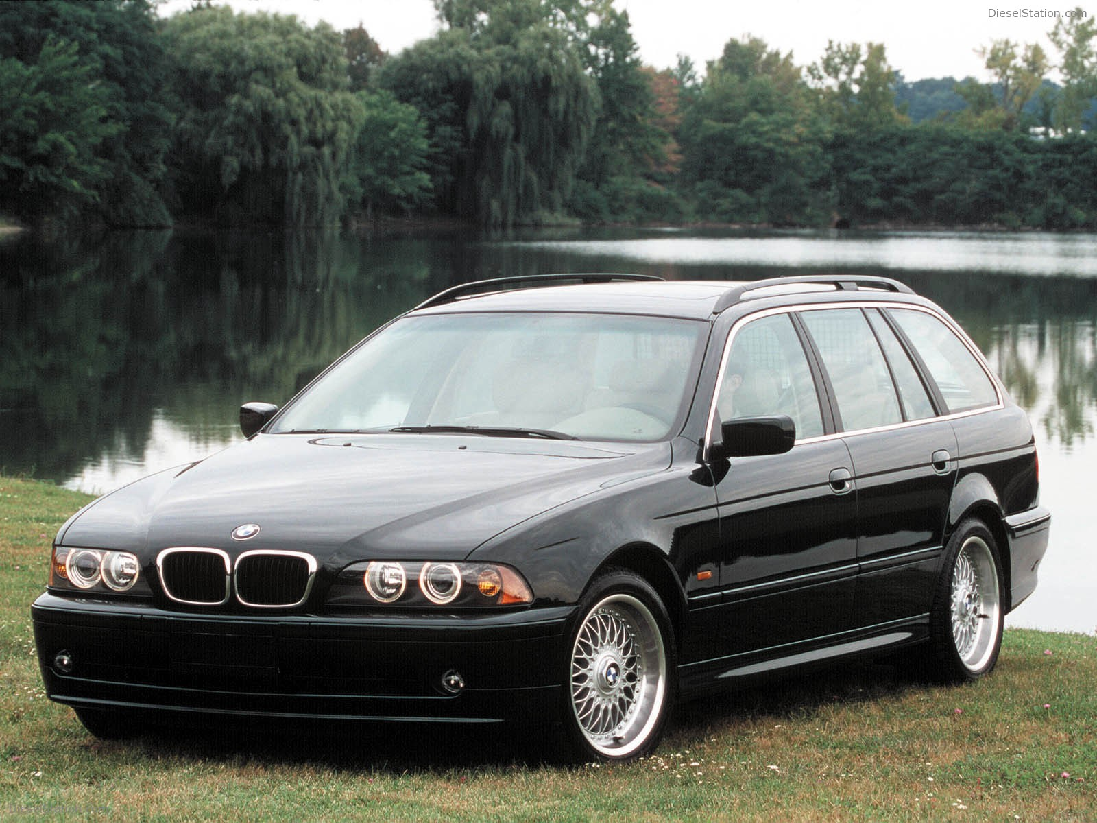 BMW 5 series 525ix 1996 photo - 9