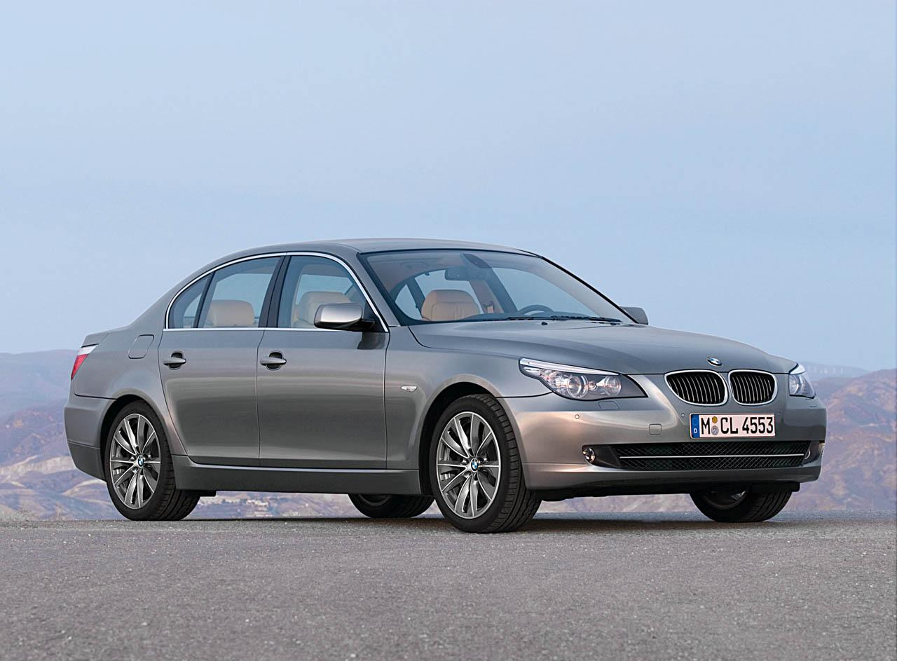 BMW 5 series 525xd 2010 photo - 4