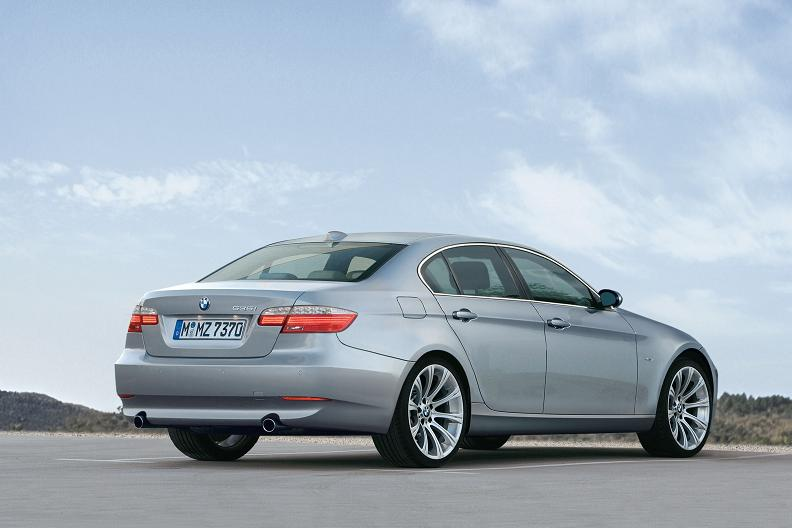 BMW 5 series 525xd 2010 photo - 9