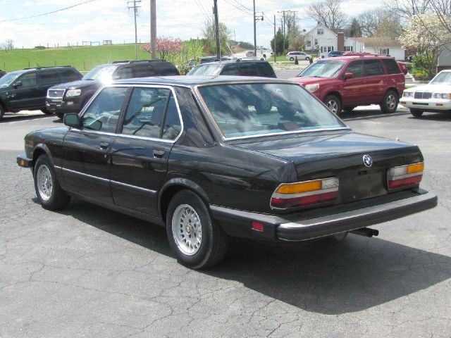 BMW 5 series 528e 1988 photo - 3