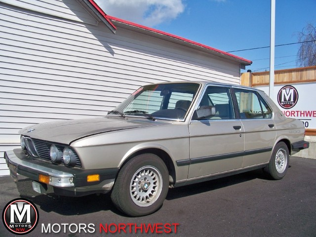 BMW 5 series 528e 1988 photo - 4