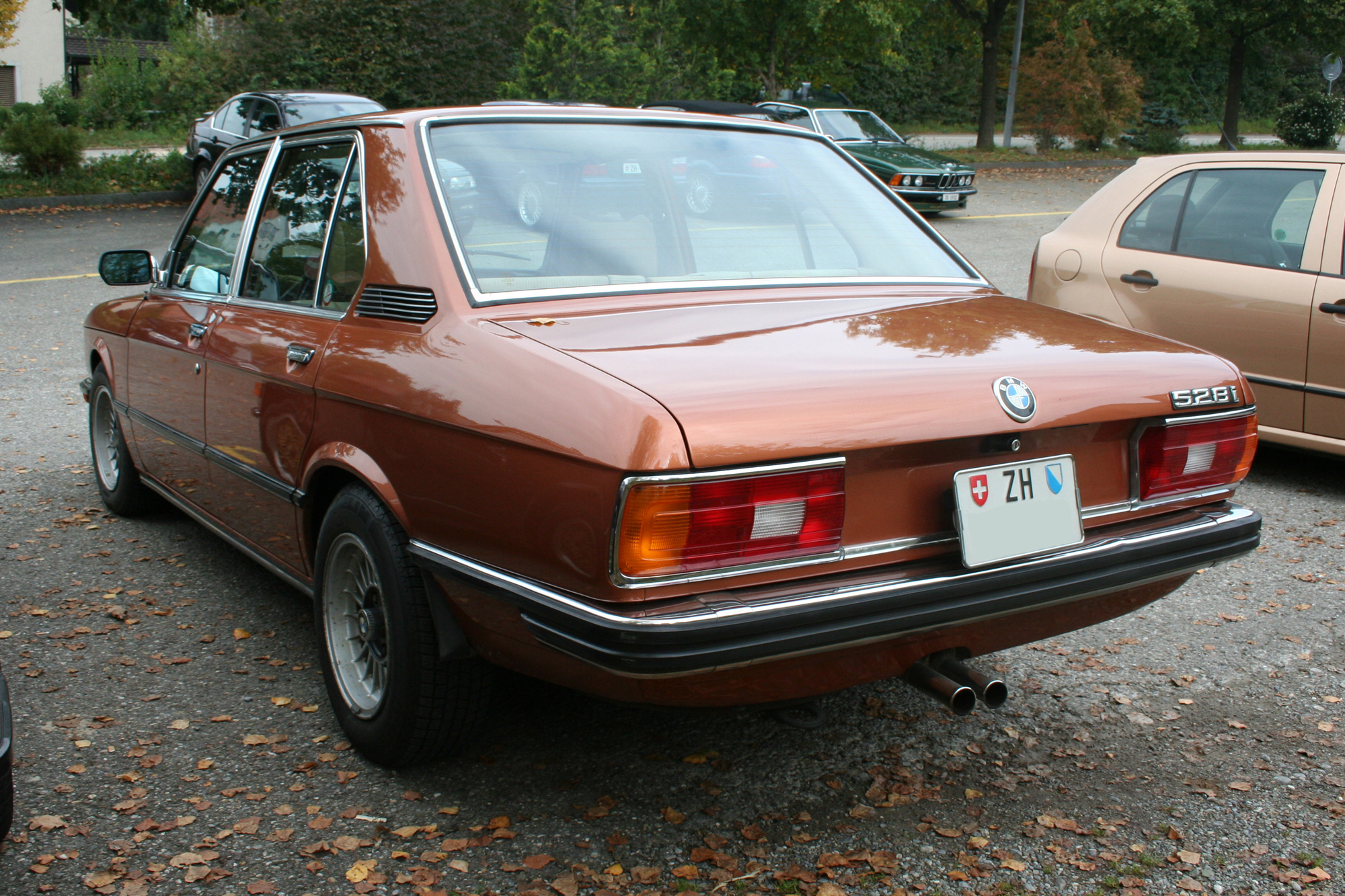 BMW 5 series 528i 1984 photo - 12