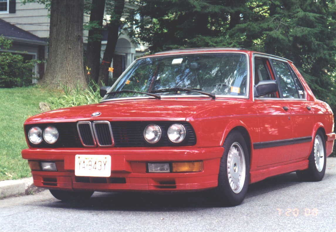 BMW 5 series 528i 1986 photo - 12