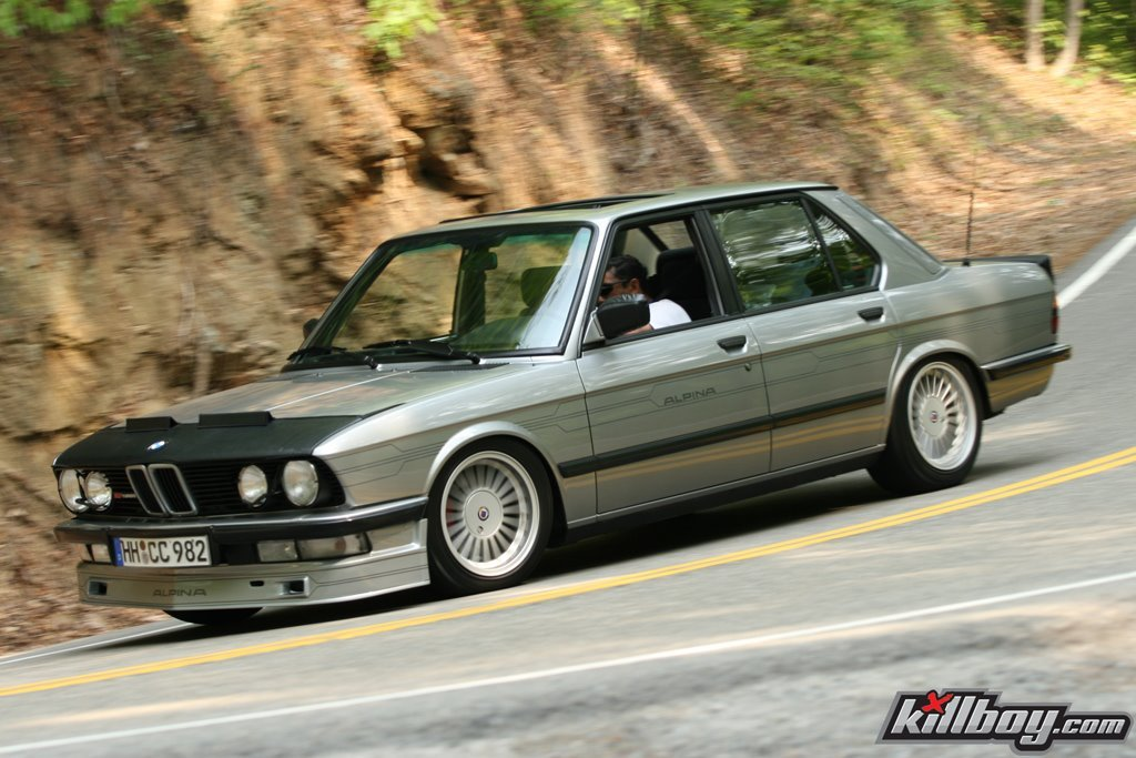 BMW 5 series 528i 1986 photo - 3