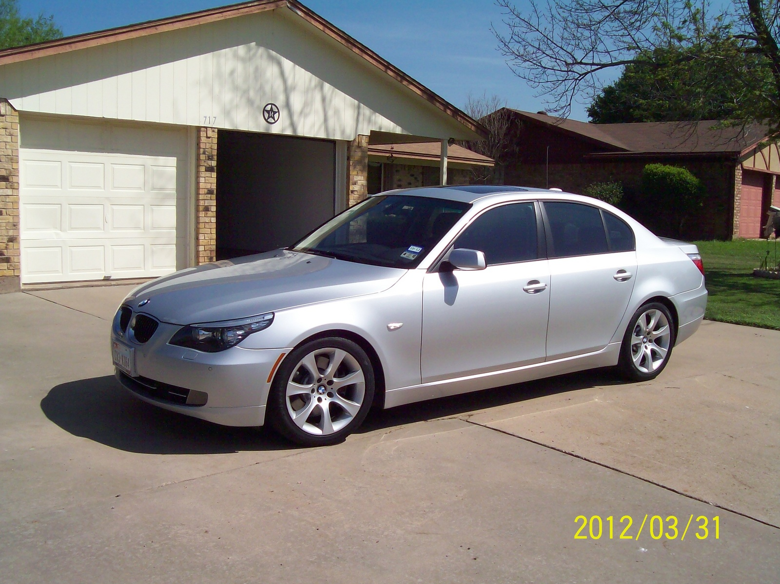 BMW 5 series 528i 2008 photo - 5