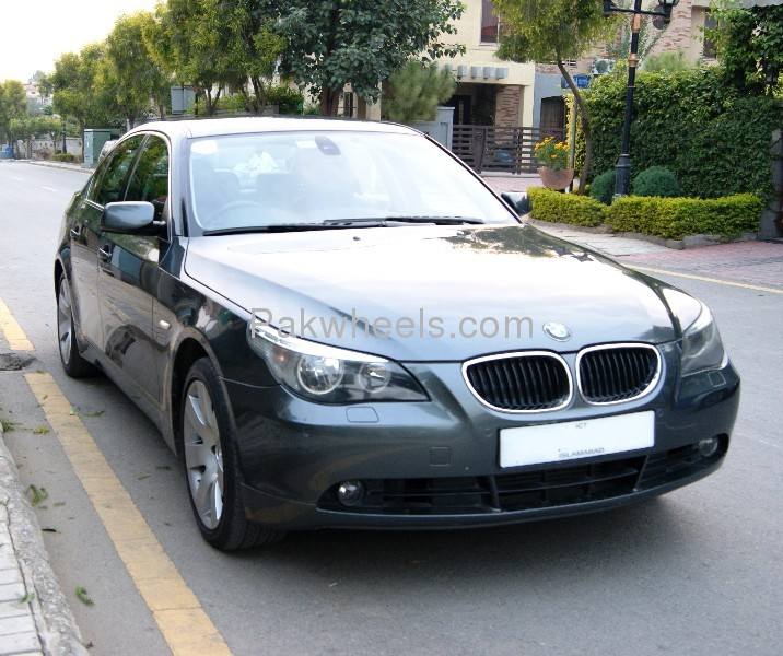 BMW 5 series 530d 2004 photo - 1