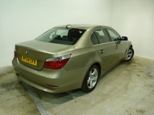 BMW 5 series 530d 2004 photo - 11