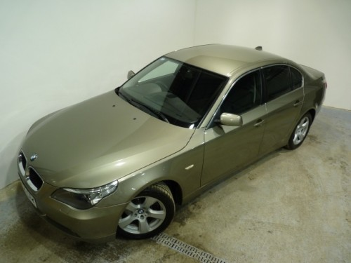 BMW 5 series 530d 2004 photo - 9