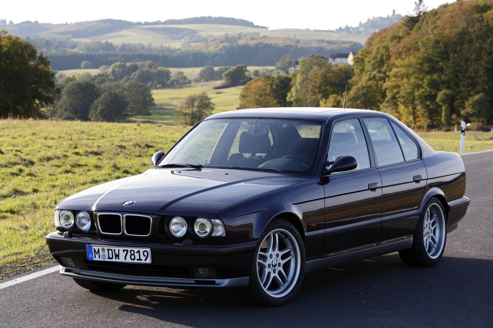 BMW 5 series 530i 1988 photo - 4
