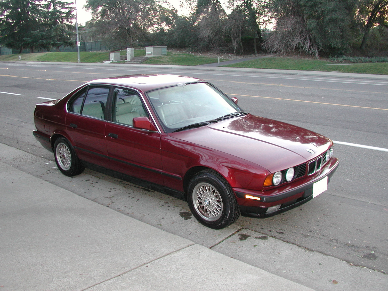 BMW 5 series 530i 1991 photo - 3