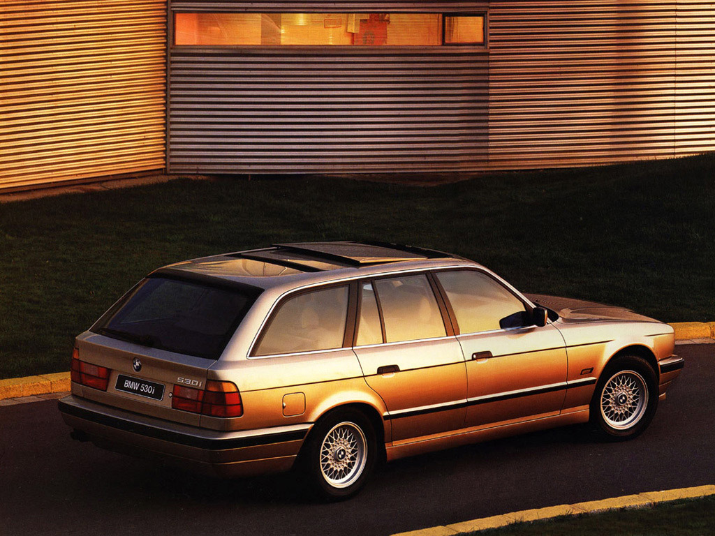 BMW 5 series 530i 1992 photo - 11