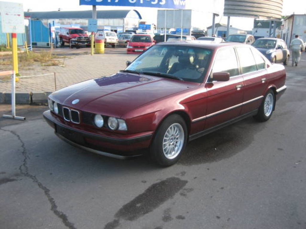 BMW 5 series 530i 1992 photo - 3