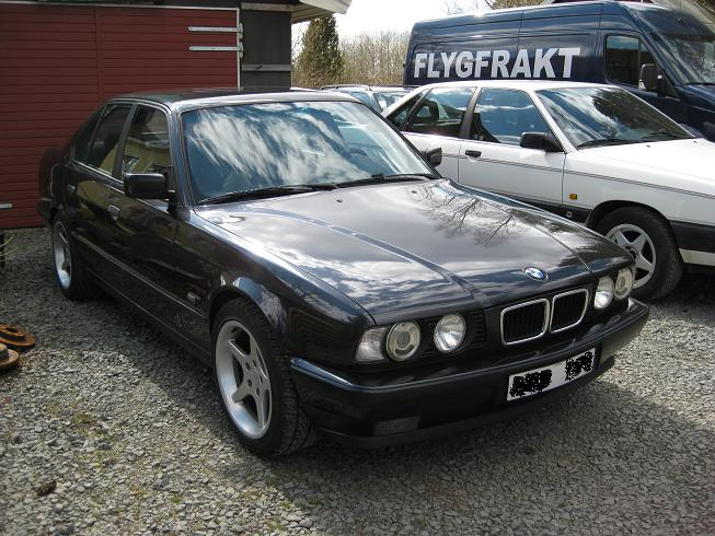 BMW 5 series 530i 1993 photo - 12