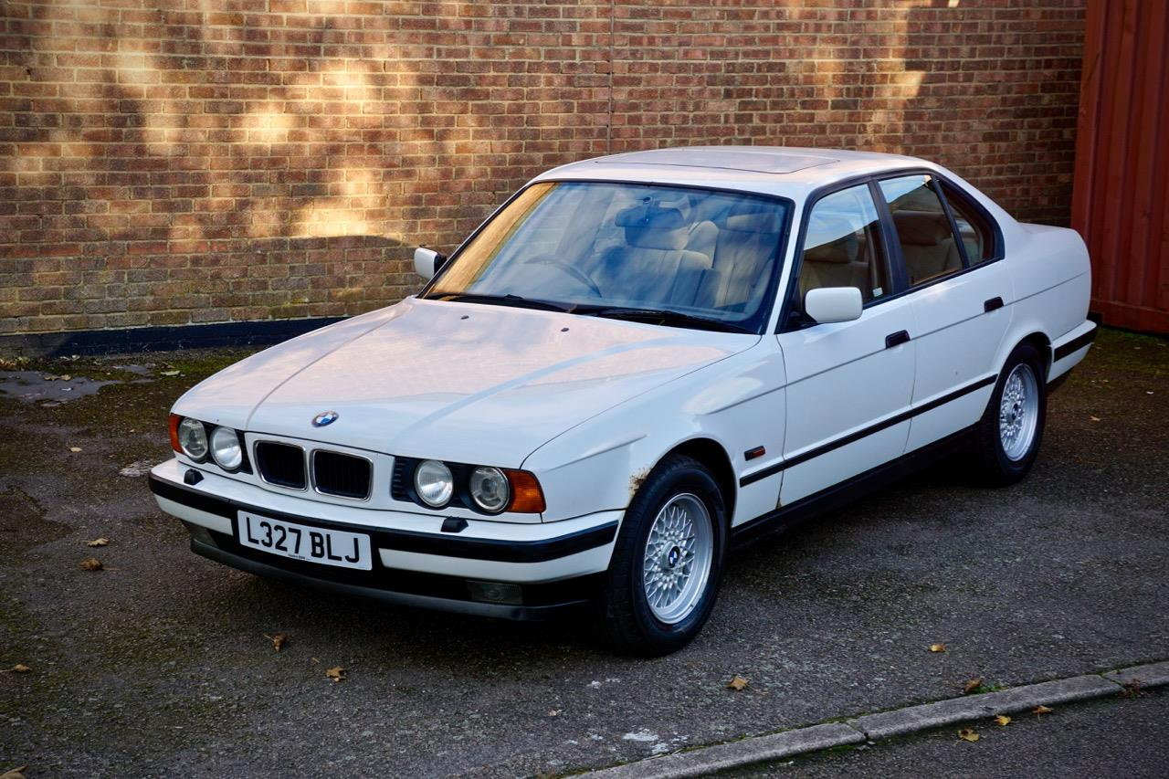BMW 5 series 530i 1993 photo - 4