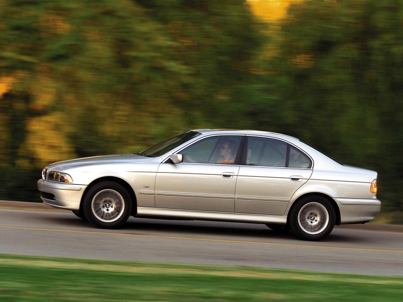 BMW 5 series 530i 2000 photo - 4