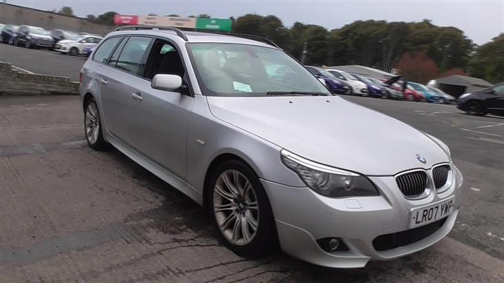 BMW 5 series 530i 2012 photo - 10