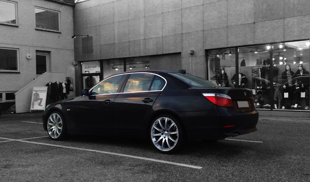 BMW 5 series 530i 2012 photo - 11