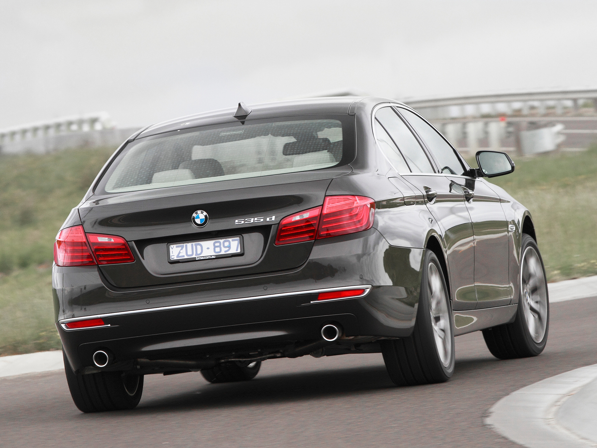 BMW 5 series 535d 2013 photo - 6