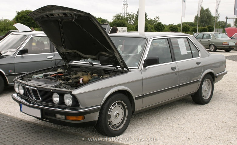 BMW 5 series 535i 1984 photo - 4