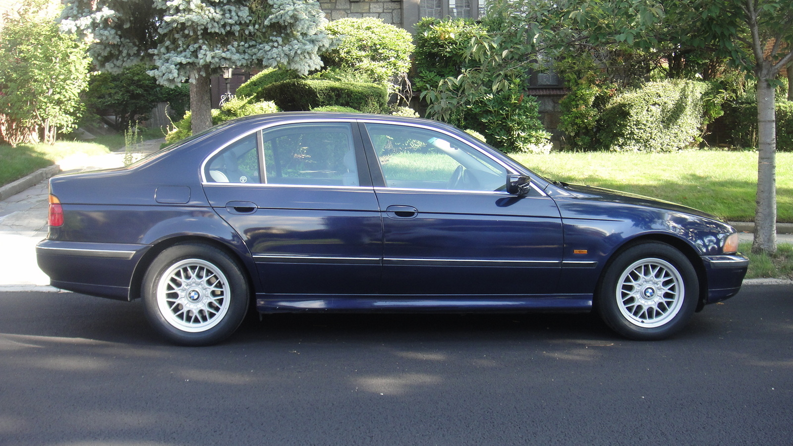 BMW 5 series 535i 1999 photo - 8