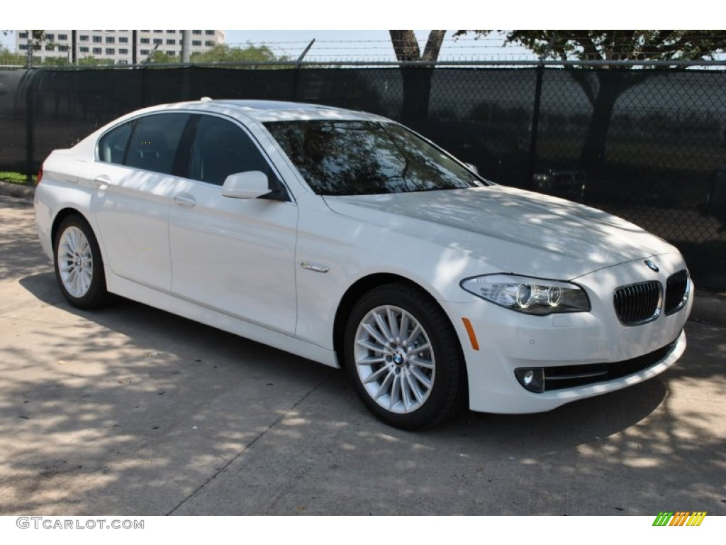 BMW 5 series 535i 2011 photo - 1