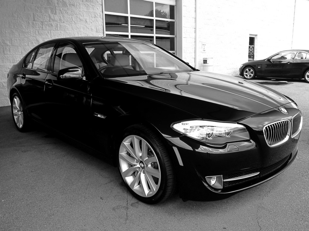 BMW 5 series 535i 2011 photo - 2
