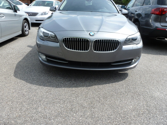 BMW 5 series 535i 2011 photo - 7