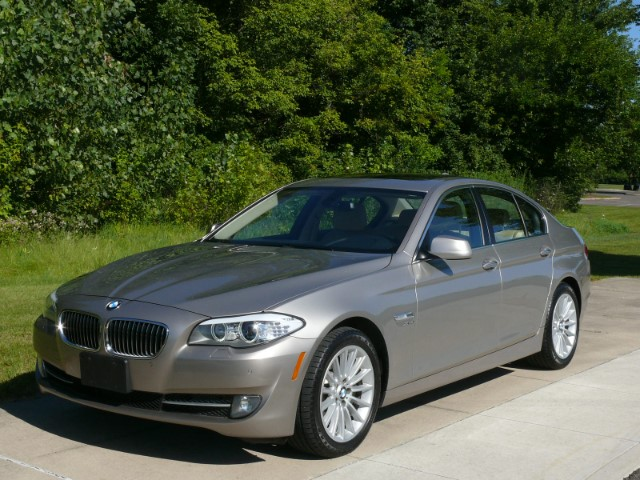 BMW 5 series 535i 2012 photo - 6