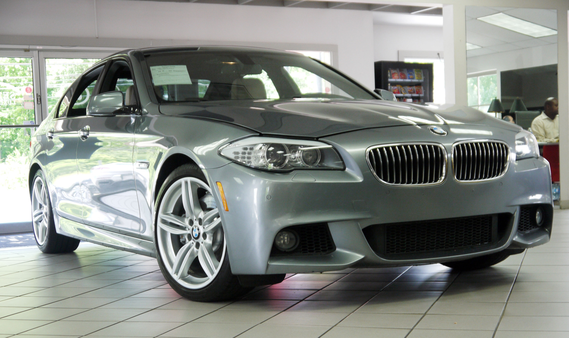 BMW 5 series 535i 2013 photo - 1
