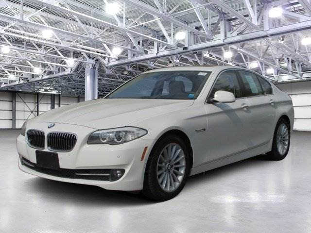 BMW 5 series 535i 2013 photo - 11