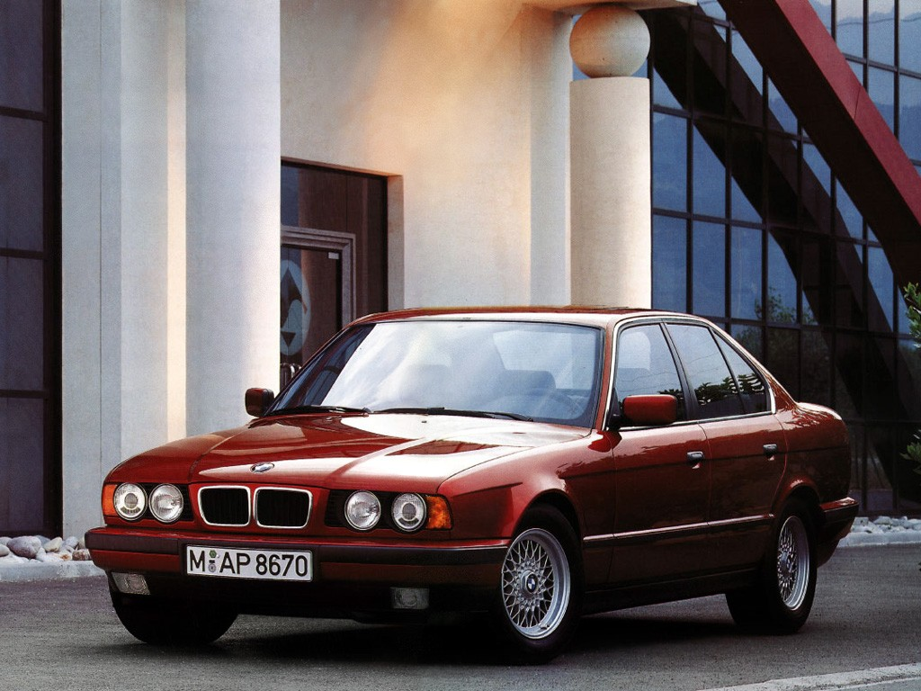 BMW 5 series 540i 1992 photo - 1