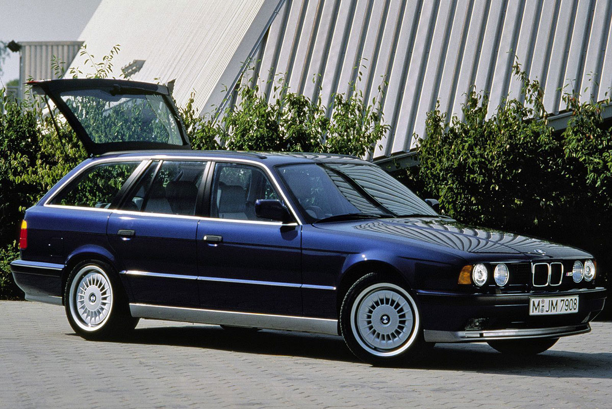 BMW 5 series 540i 1992 photo - 12
