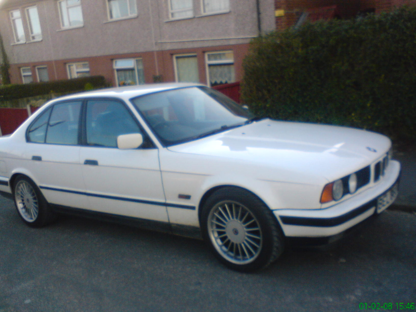 BMW 5 series 540i 1992 photo - 4