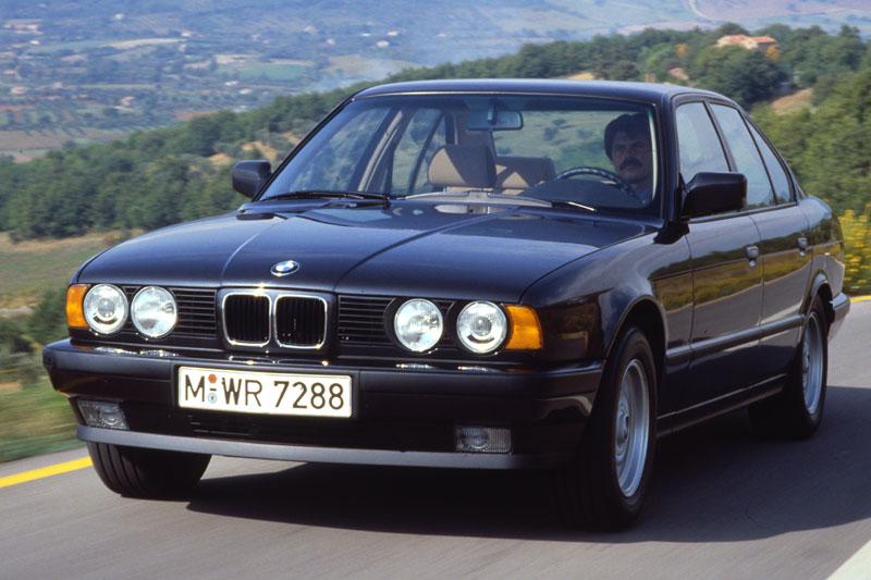 BMW 5 series 540i 1992 photo - 8