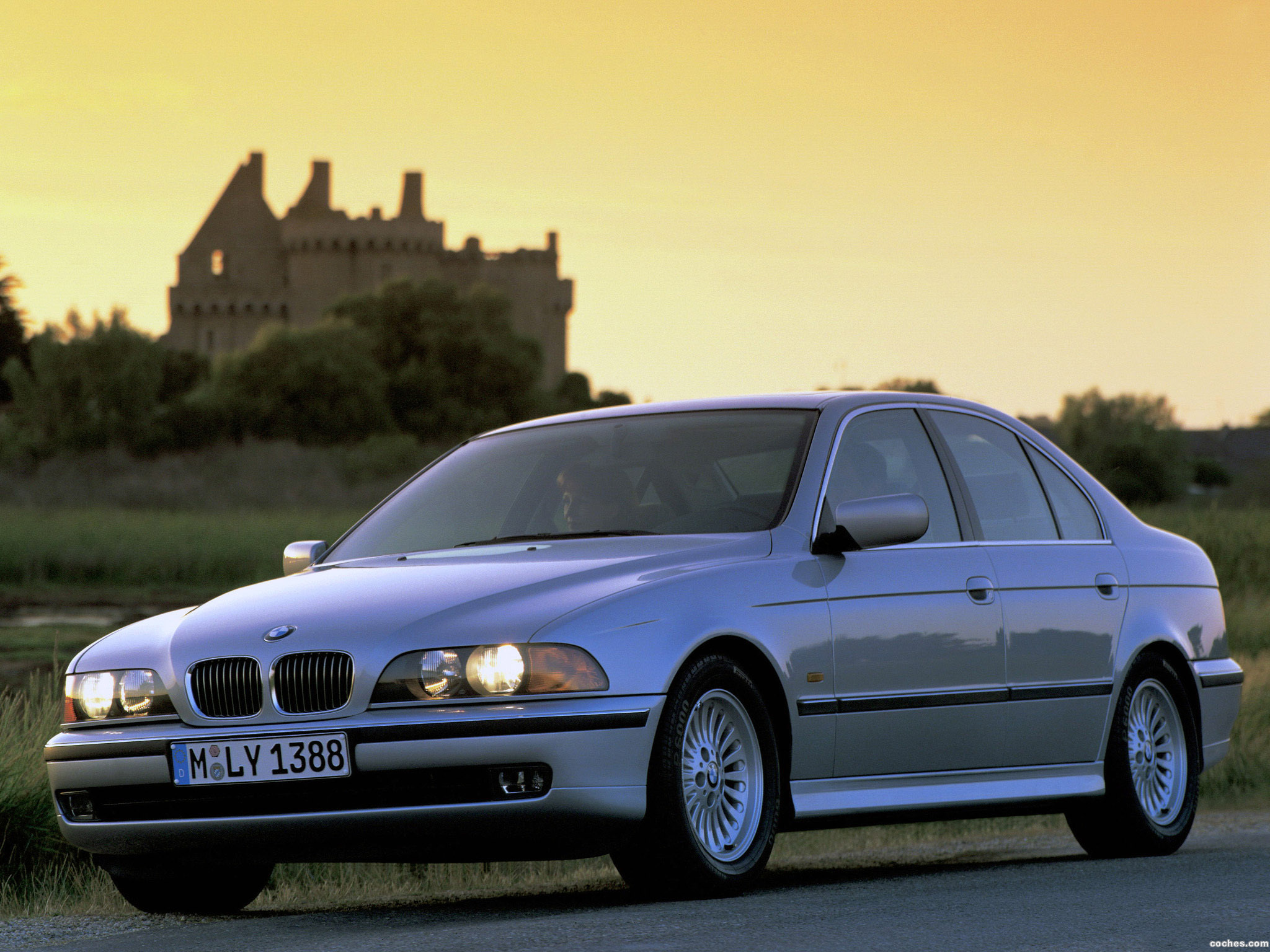 BMW 5 series 540i 1996 photo - 10