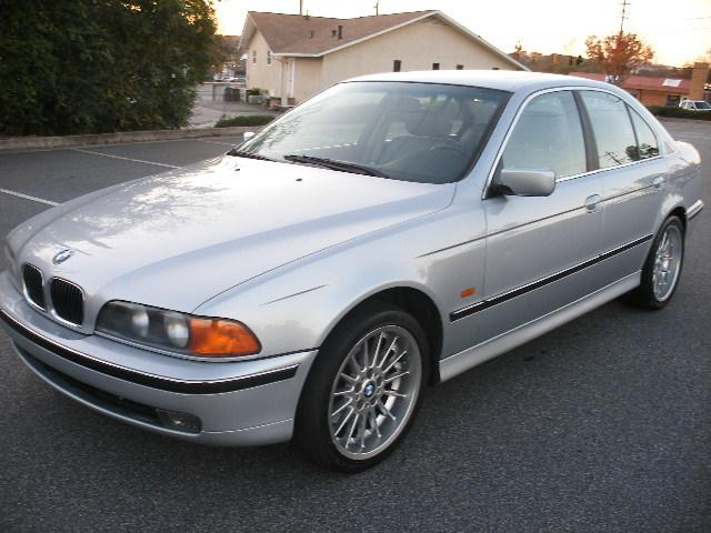 BMW 5 series 540i 1997 photo - 12