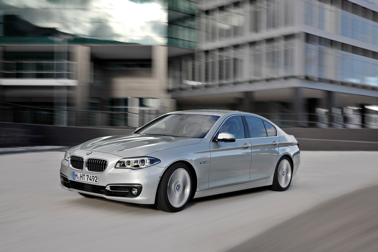 BMW 5 series 550i 2014 photo - 9