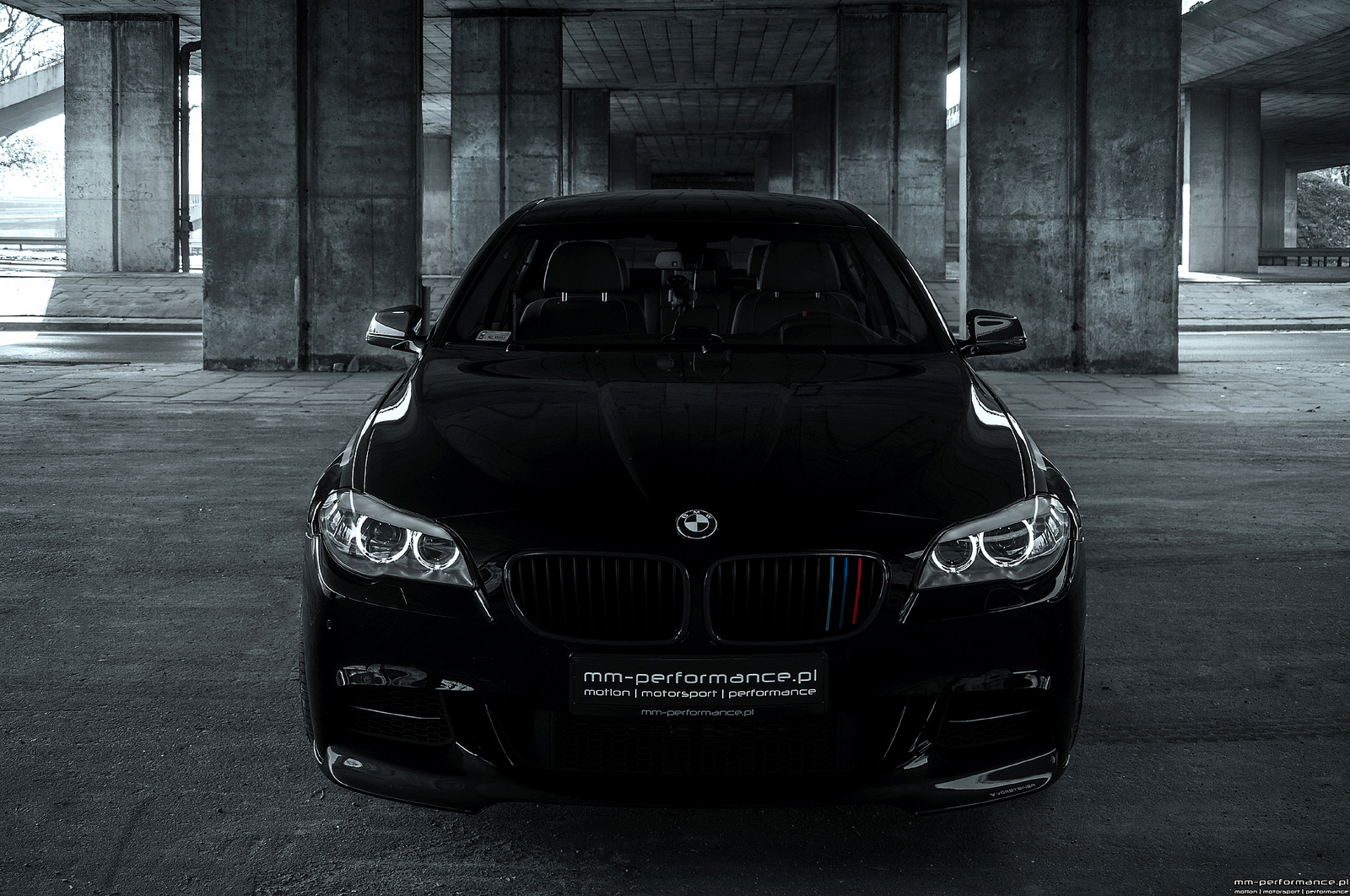 BMW 5 series M550d 2013 photo - 4
