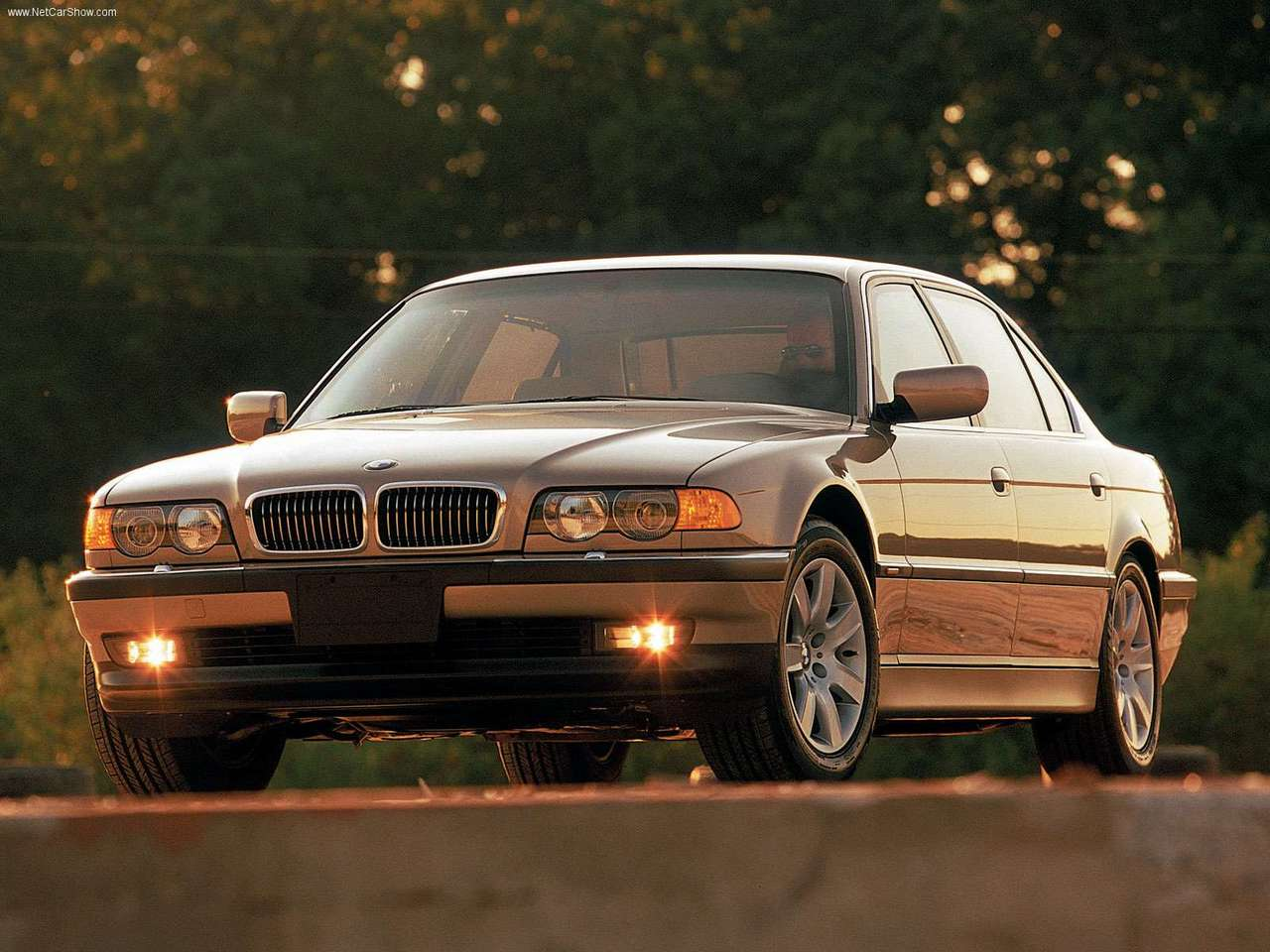 BMW 7 series 725tds 2000 photo - 2
