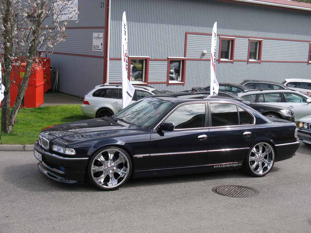 BMW 7 series 725tds 2000 photo - 5