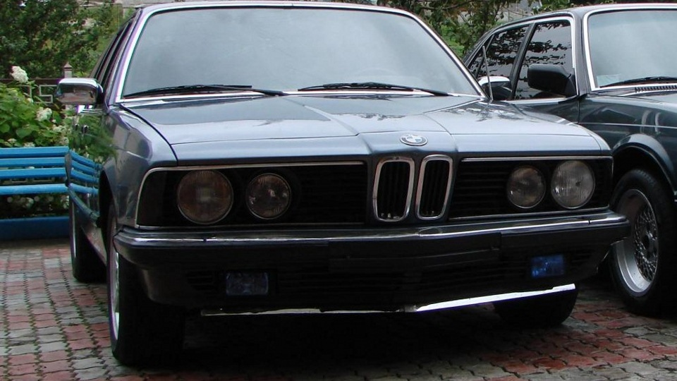 BMW 7 series 728i 1981 photo - 1