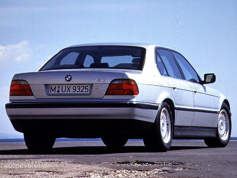 BMW 7 series 728i 1996 photo - 3