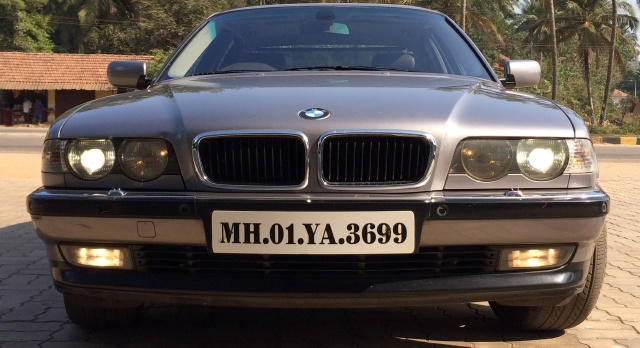 BMW 7 series 728iL 2001 photo - 10