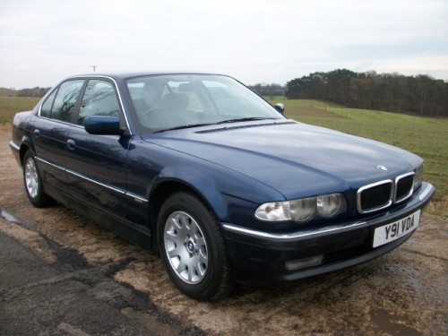 BMW 7 series 728iL 2001 photo - 2