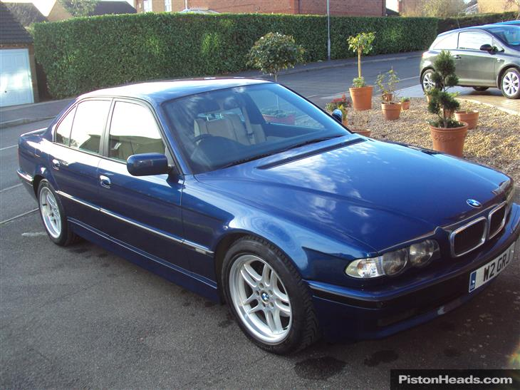 BMW 7 series 728iL 2001 photo - 3